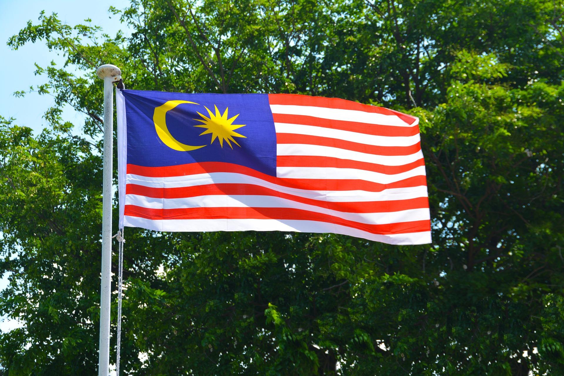 malaysian-flag-1439149_1920